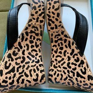 Platform, animal print. Flip flops